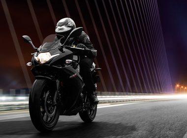 Suzuki-GSX250RAL8_Action_7