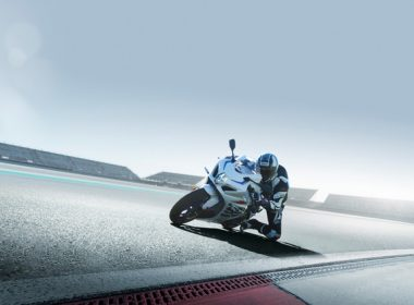 GSX-R1000RAL8_action_3